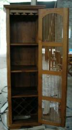 BigSlat1doorSpindle w glass and bottle rack